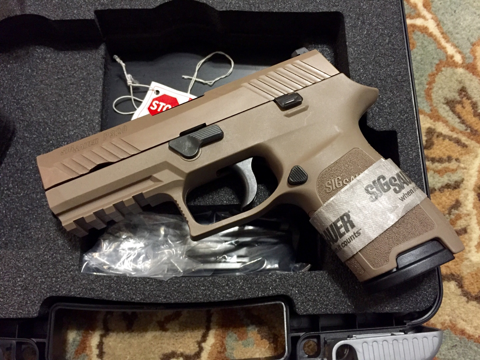 Sold - WTT - Sig P320 FDE W/ Night Sights For G19 in Same